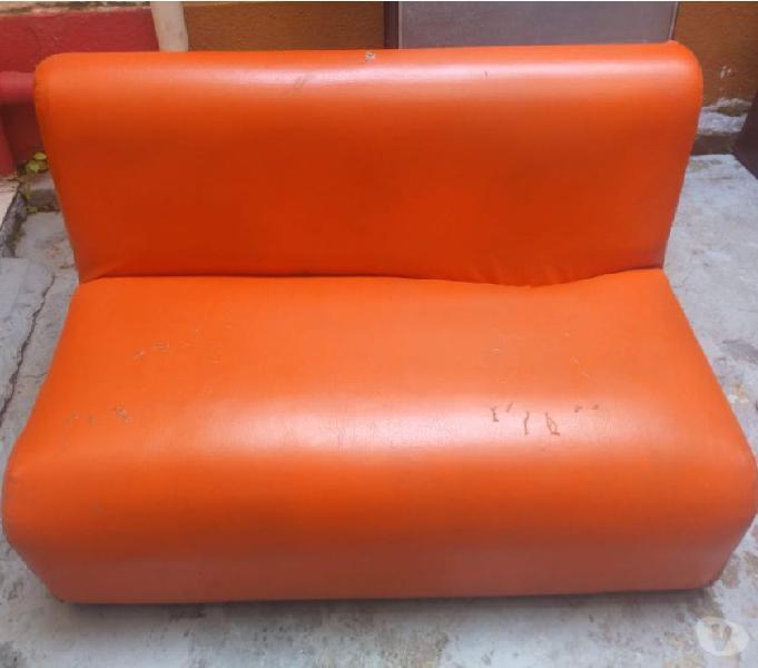 Sofa usado (mira bien las imagenes) 0