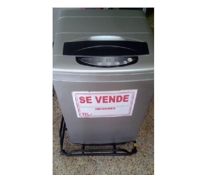 LAVADORA MARCA ELECTROLUX CON GARANTIA 0