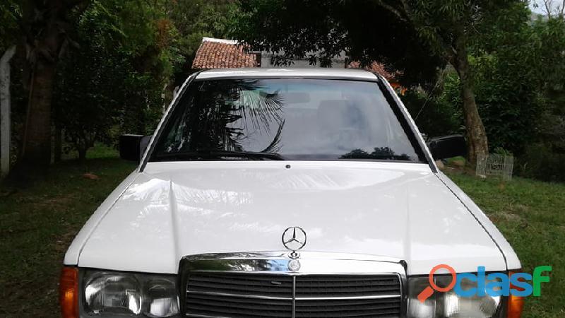 Mercedes benz impecable clase e modelo 190 como nuevo