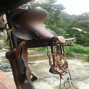 Hermosa silla de montar - popayán
