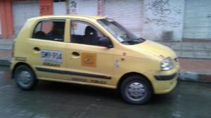 Taxi atos 2010 cedo deuda - bogotá