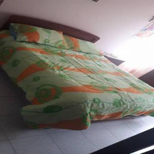 Edredón doble faz cama doble 220 x 240 cm azul y cítricos