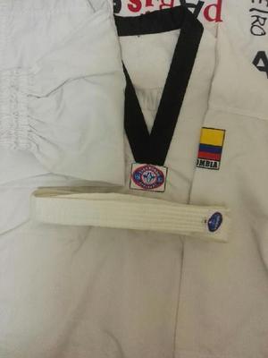Uniforme taekwondo talla m - facatativá