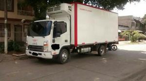 Camion jac furgón aislado y termo referencia 1061 modelo