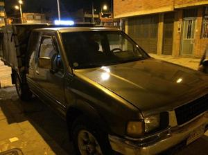 Luv 2300 Doble Cabina Estacas 96 $22 - Bogotá
