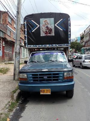 Vendo ford 150 estacas gas y gasolina - bogotá