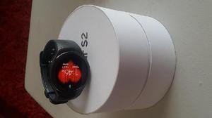 Relog Samsung S2 Smartwatch Versión Internacional R720 Gris