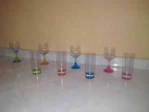 Se vende set de copas y vasos largos en total 12 piezas