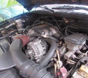 Camioneta blazer 4x4 4300, 1996.