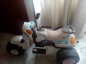 Vendo moto con bateria recargable - bogotá