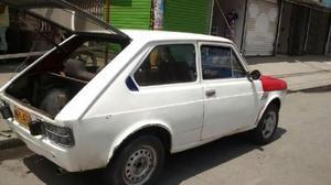 Fiat 147 modelo 79 color blanco hermoso bueno de motor