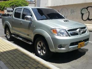 Toyota hilux 2006 - medellín