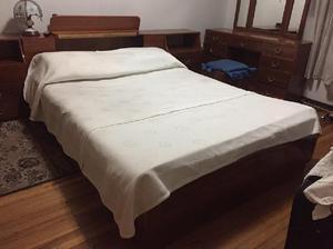 Cama doble colchón tocador - bogotá