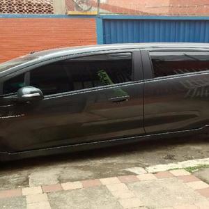 Se ofrece auto con conductor para viajes - bucaramanga