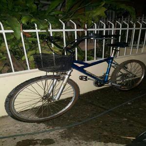 Bicicleta turismo con canasta - cali
