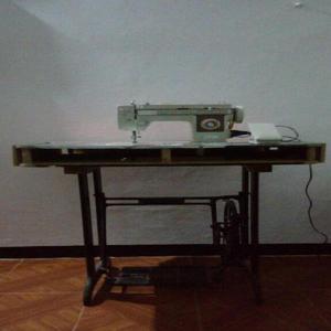 Maquina de coser familiar - neiva