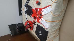 Pantalon, casco, buso, guantes fox bmx moto cross para niño