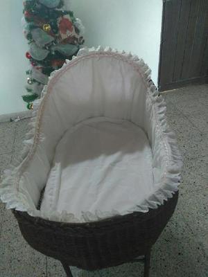 d9ff317eb Moisés de bebé base de hierro en mimbre - medellín