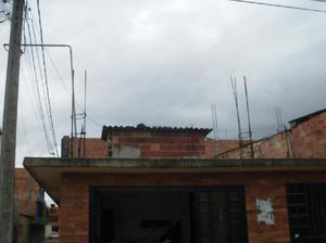 Casa de 7 mts de frente x 12 mts de fondo zona sur del