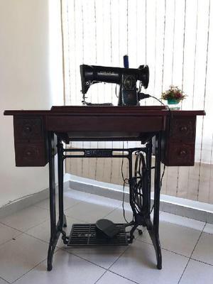 Venta de m quina de coser clasf - Maquinas de coser con mueble ...