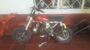 Gran venta de garage repuestos para motos, DT, Honda Z50,