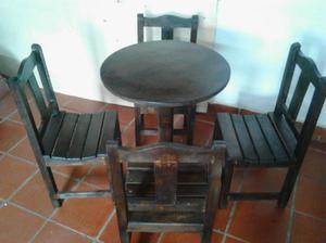 Sillas mesas en madera bar restaurant - cúcuta