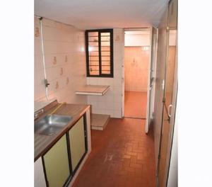 Alquiler casa a buen precio y buena ubicación...
