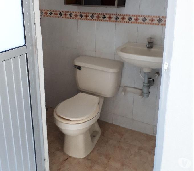 Casa alquiler recién remodelada - barrio compartir