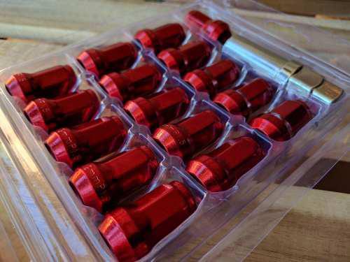 Tuercas tuning rines lujo llantas carro rojas (1.25x12mm)