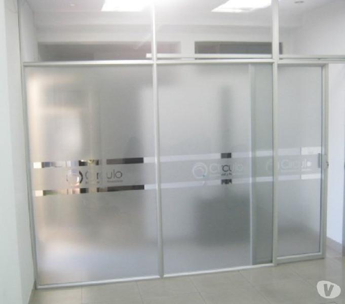 Divisiones para oficina en vidrio panel aluminio