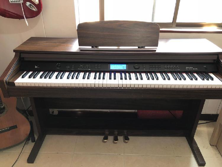 Piano digital ark 8890 excelente estado 150 voces