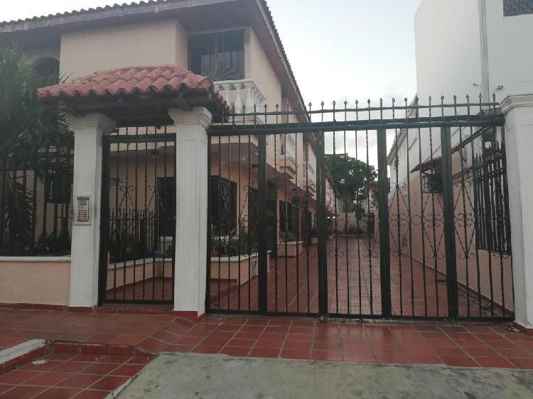 Delicias, casa en conjunto cerrado, arrienda inmobiliaria