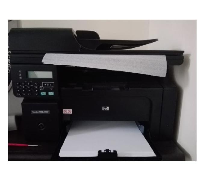 Impresora multifuncional Laserjet M1212nf MFP