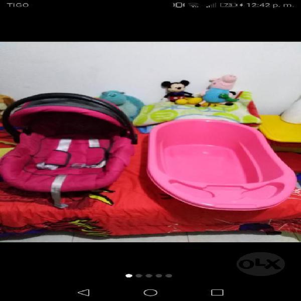 Vendo porta bb y bañera para niña