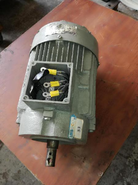 Motor de 3.6hp siemens 1700rpm 220/440 trifasico usado