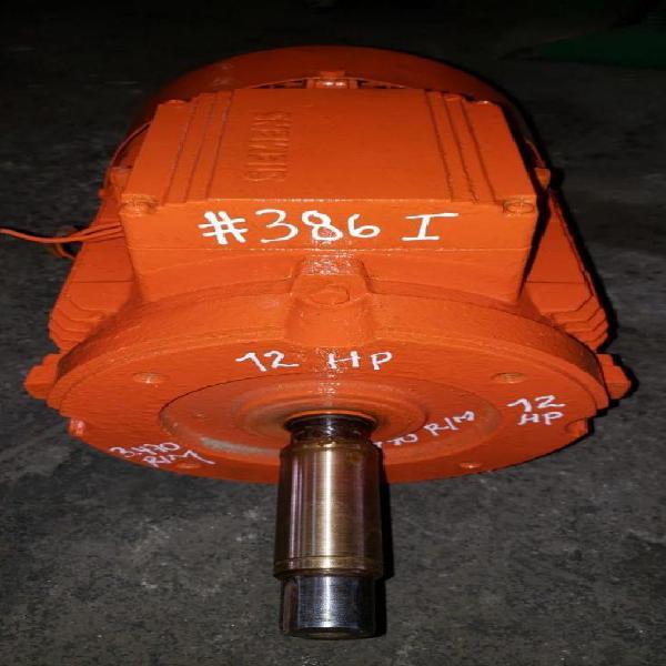 Vendo motor 12 hp trifasico