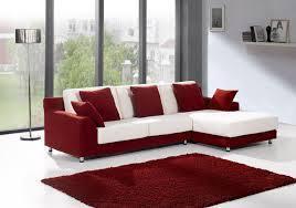 Suministro e instalación de pisos laminados y alfombras,