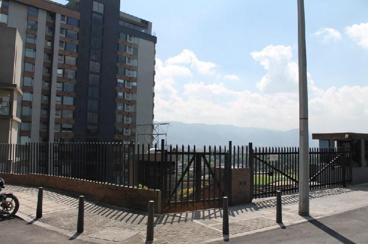Apartamento en arriendo en zona exclusiva av boyaca con 127