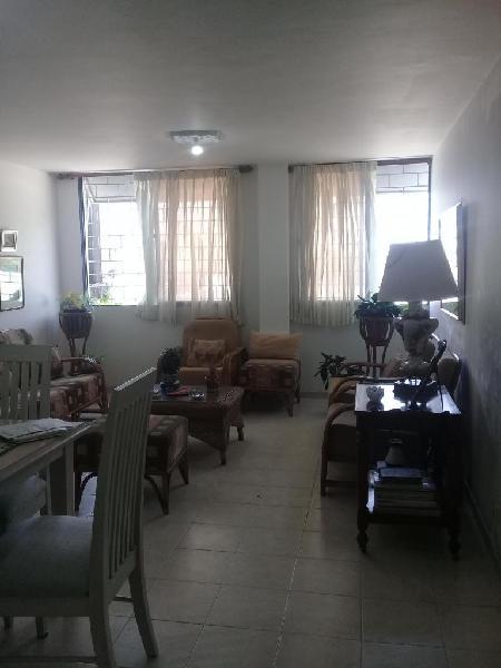 Arriendo apartamento barrio colombia