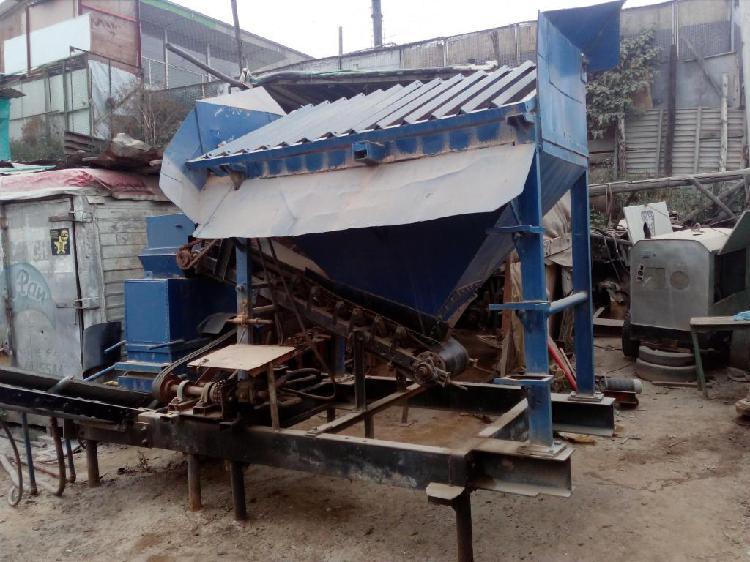 Trituradora de piedra portatil diesel zaranda tolva