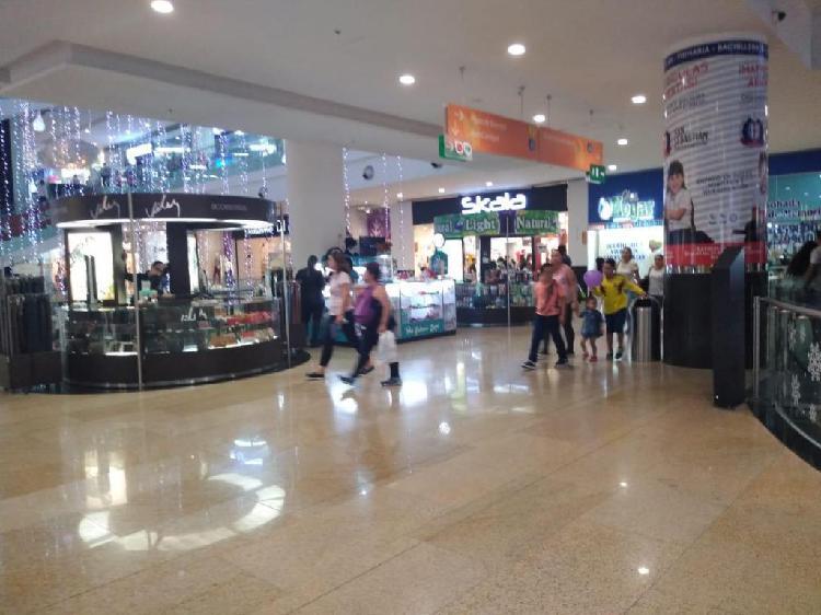 Vendo negocio centro comercial cacique