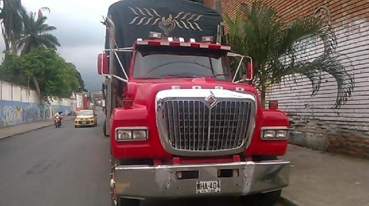 Camion ford 48