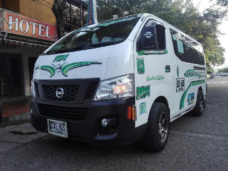 Nissan urban intermunicipal camioneta 9
