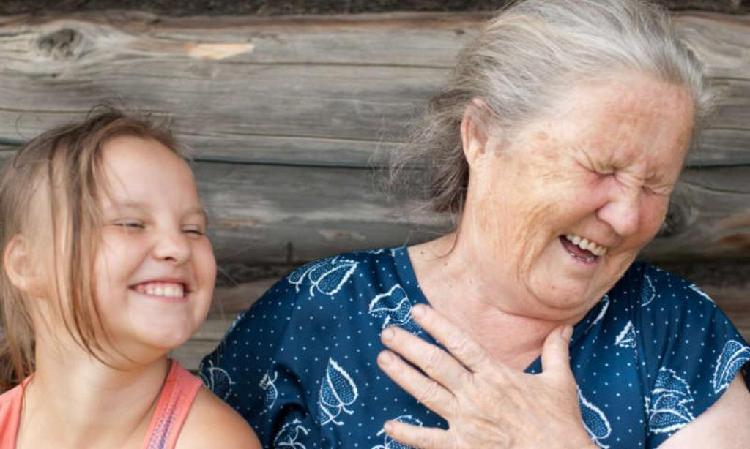 Se cuidad niños y adultos mayores
