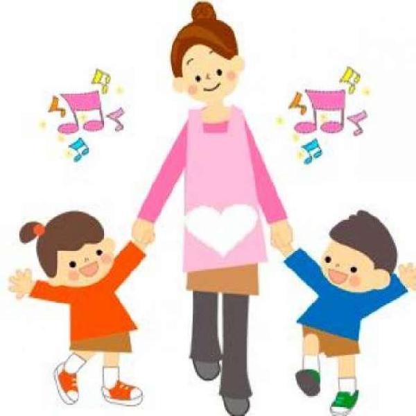 Se cuidan niños a domicilio