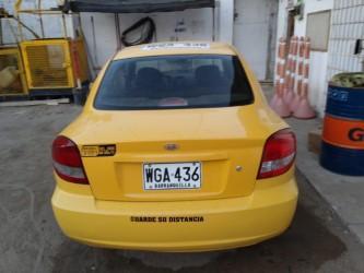 Vendo taxi kia rio 2015