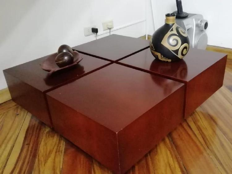 Mesa centro de sala madera nogal