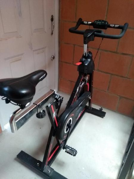 Bicicleta spinning sport fitness