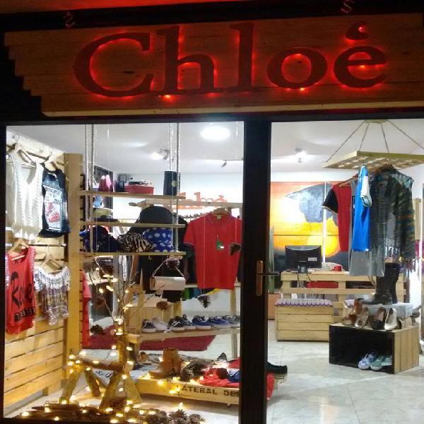 Vendo almacén de ropa femenina en sabaneta