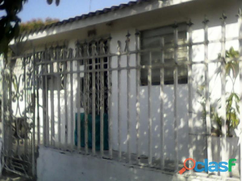 Se vende casa de esquina